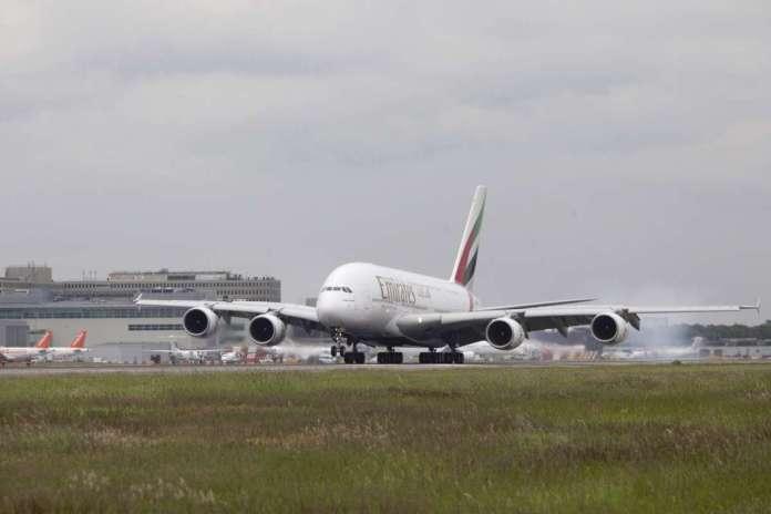 travel news advice worlds longest flight emirates dubai panama route hours stop
