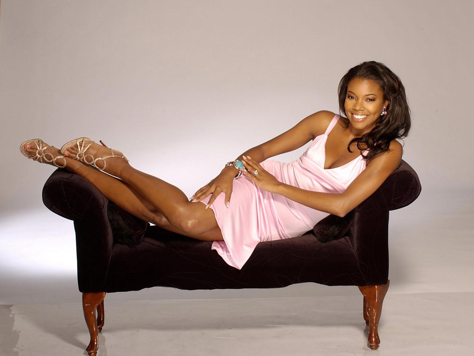 Cute Ashanti Wallpaper Make Your Butt Legs Hands And Feet Look Flawless With