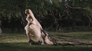 Kirsten Dunst channelling Miss Haversham