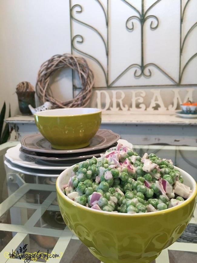 Creamy Pea Salad {vegan}   theVeggieGirl.com