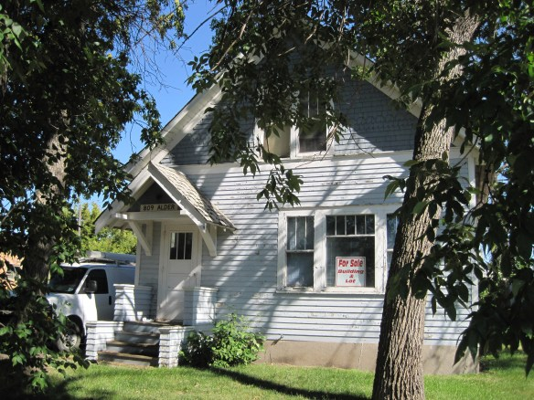 2016-august-north-dakota-harvey-house-2-sophia-eberlein-sophie-crime-ghost-haunted-folk-lore-legend-for-sale-usa-nd-photo-by-the-voice-before-the-void