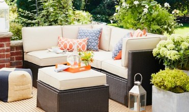 Outdoor Furniture Sets on a Budget