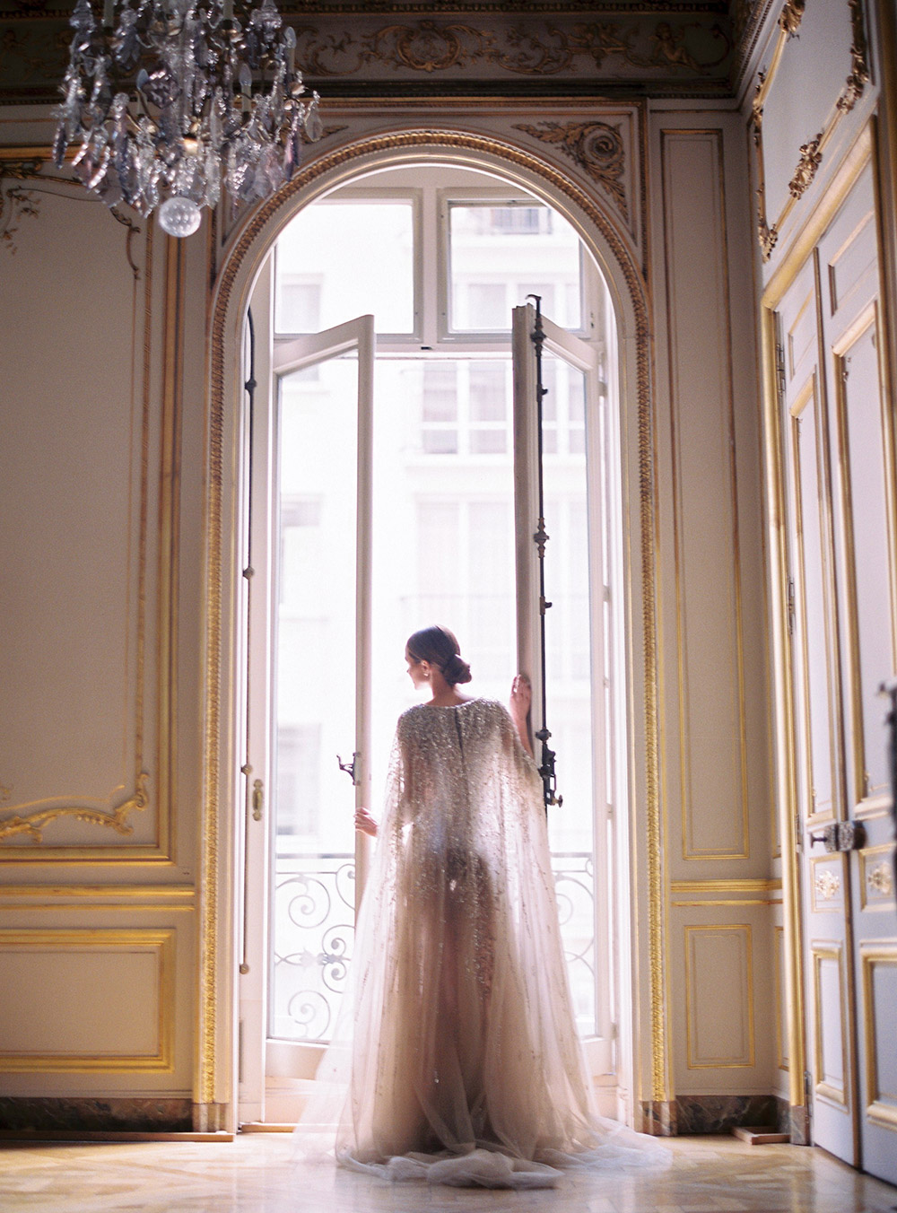 Photo by Le Secret d'Audrey Paris. www.theweddingnotebook.com