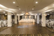 Venue: Cambridge Hotel & Conference Centre | Photo: Gary Evans Photography