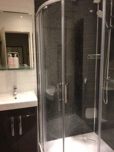 shower stall small
