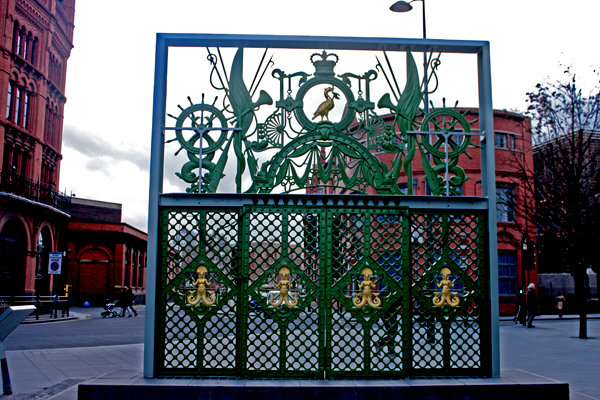 liverpool_city_center_gate_mermaid_one