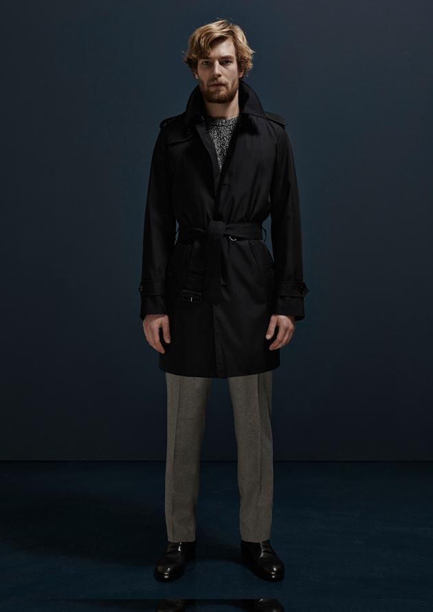 aquascutum-autumn-winter-2014-lookbook-trenchcoat-look06