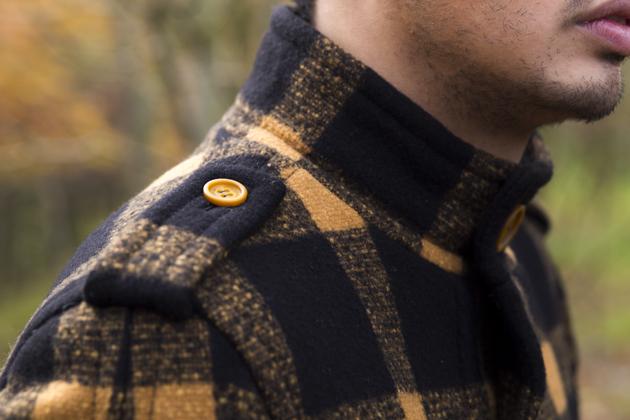 burberry-prorsum-fall-winter-2011-ronan-summers-look-16
