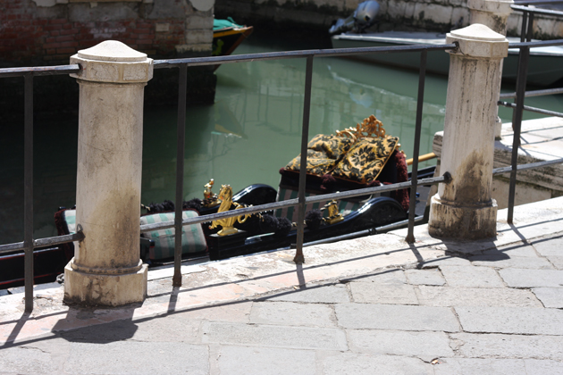 venice-101-guide-what-to-do-gondola-ride-04