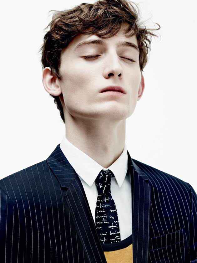 dior-homme-spring-summer-2015-les-essentiels-suits-01