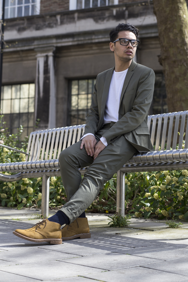 forever-21-men-spring-summer-2015-styled-by-ronan-summers-look2-olive-chino-suit-02-s