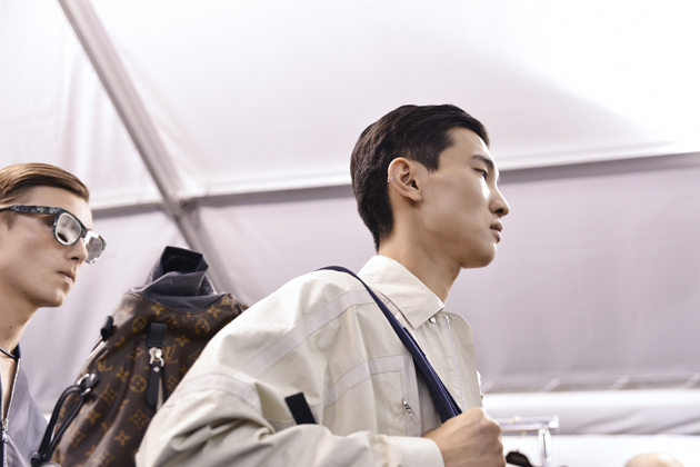 louis-vuitton-spring-summer-2016-mens-pfw-backstage-07