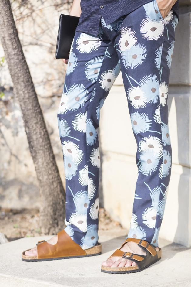 valentino-mens-ss15-fiori-esplosione-print-trousers-montecarlo-14-detals