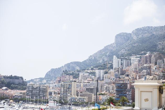 monaco-montecarlo-bay-quay-yachts-2-s