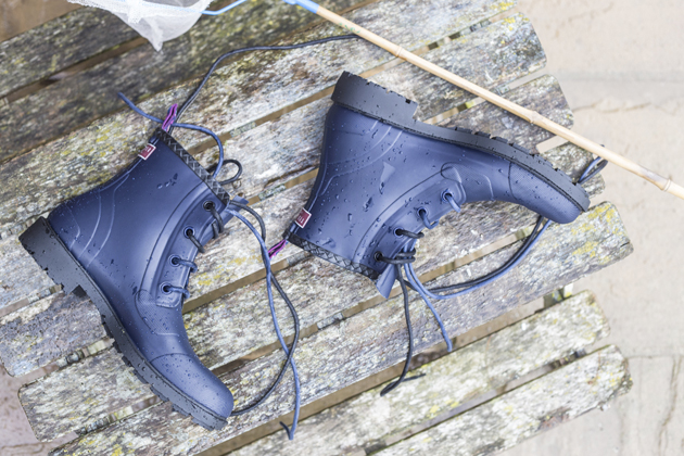 ted-baker-tight-lines-collaboration-aw15-still-boots-01-s