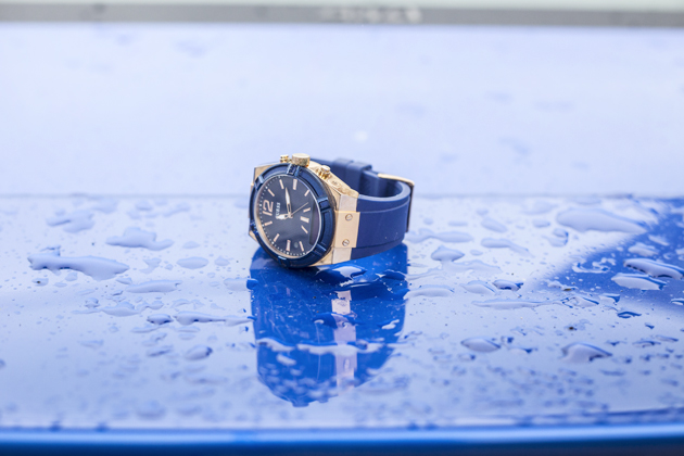 guess-connect-blue-gold-watch-smart-watches-fashion-02