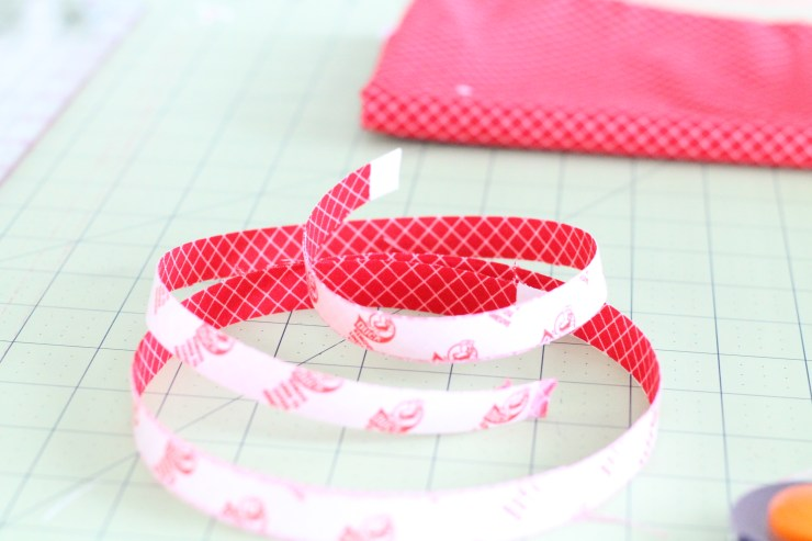 How to make fabric washi tape. A great fabric scrap buster.