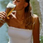 girl-drinking-a-beer