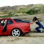 mud-stuck-cars_tmb