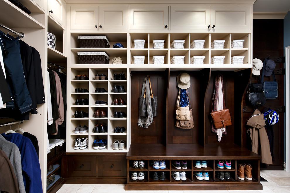 21 Best Traditional Storage Closets Design Ideas