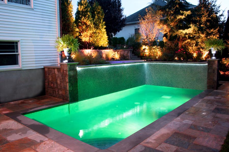 20 Amazing Small Backyard Designs With Swimming Pool