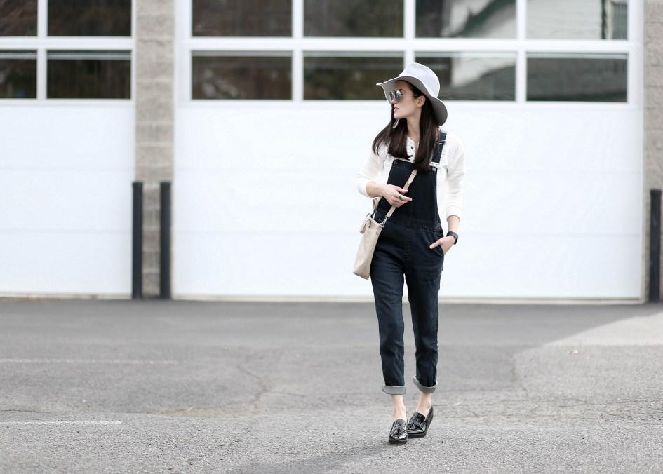 Black Overalls Grey Hat 3a