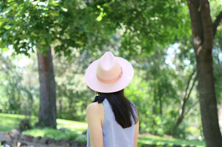 Bows + Pink Hat 7a