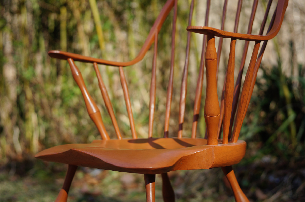 Continuous Arm Windsor Chair 03