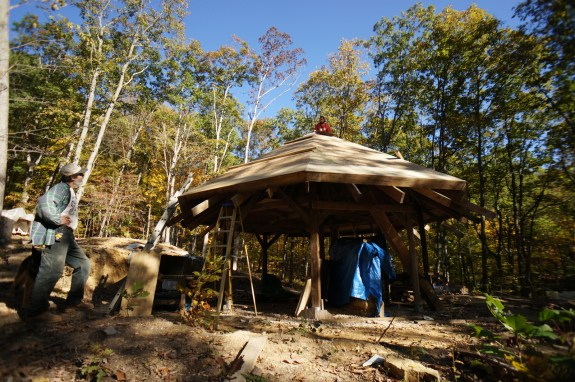 Roofing the octagon house