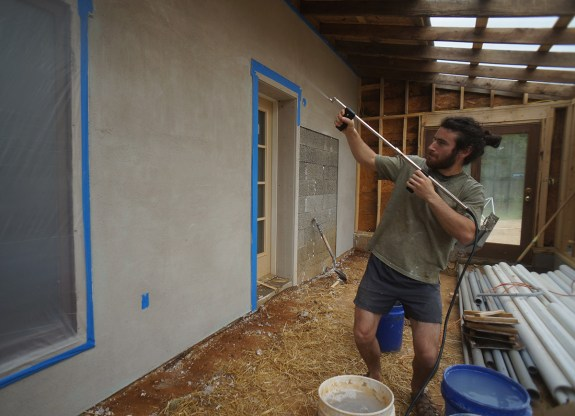 Wetting down lime plaster