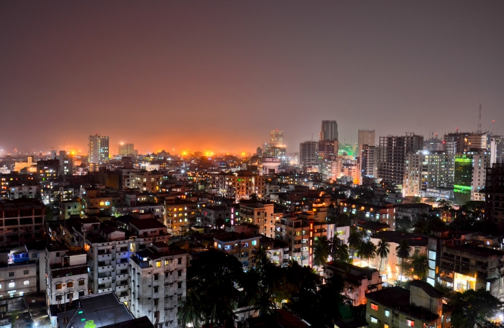 Dhaka (Capital of Bangladesh) at night. By Md. Ishtiaque Mahmood Rohan (My Own Creation) [CC BY 3.0. Source: Wikimedia Commons