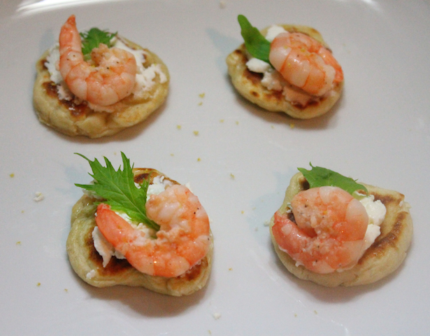 Prawn and goat cheese blini the yummy truth for Mini prawn cocktail canape