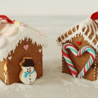 Gingerbread House Tree Ornaments