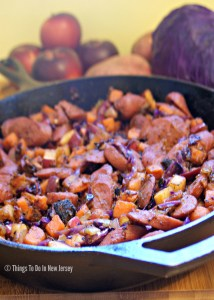 OMG - this is sooo DELICIOUS! Sweet Potato, Apple, and Kielbasa Hash - comfort food for a chilly autumn evening. Just the right combination of sweet and savory flavors, it also comes together in less than 30 minute. Quick, easy, and delicious - what more could you ask for? | Get the recipe at www.thingstodonewjersey.com | #comfortfood #fall #winter #recipes #sweetpotato #apple #kielbasa #hash #easy