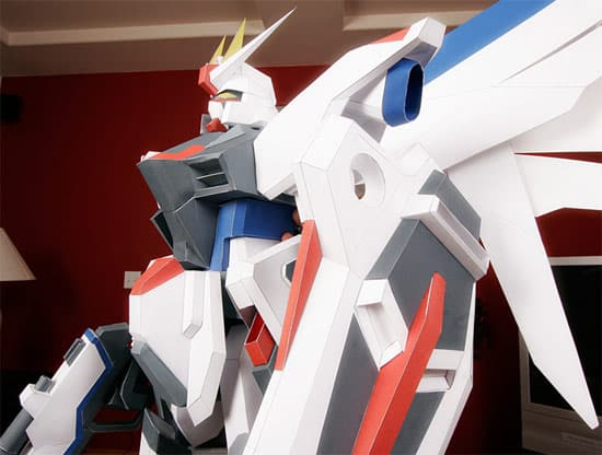 freedom-gundam-paper-sculpture