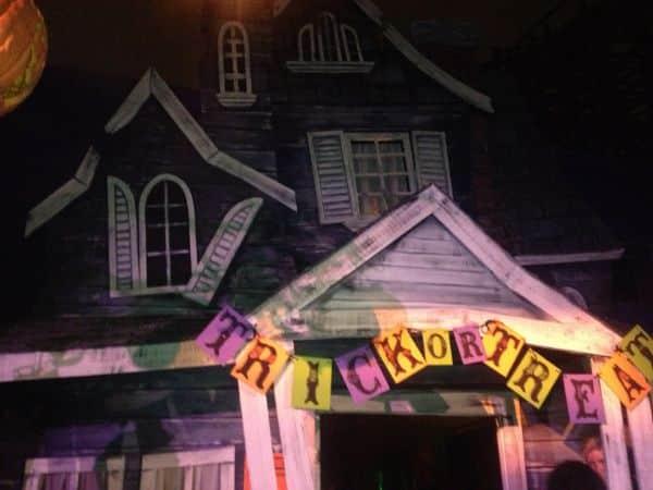 Chilling Black Eyed Children Encounters Happen On Halloween Too
