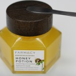 How To: Combat Dry Skin with Honey!