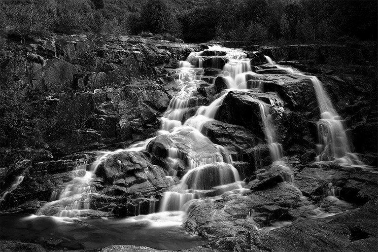 Beautiful Fall Scenery Wallpaper Stark Black And White Photographs Of Waterfalls By Massimo