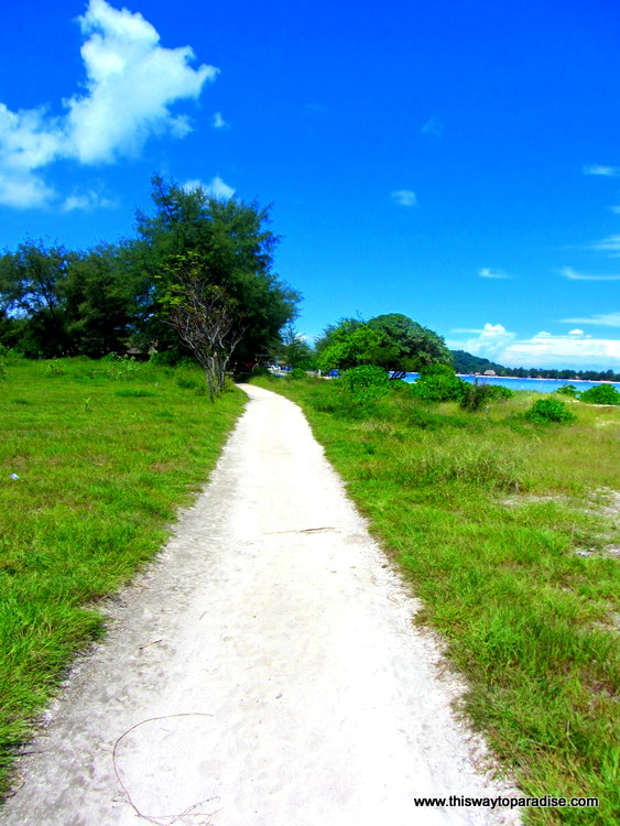 Road around Gili Meno, Gili Islands