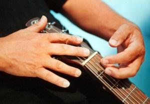 Hands Thomas Lorenzo guiatrist