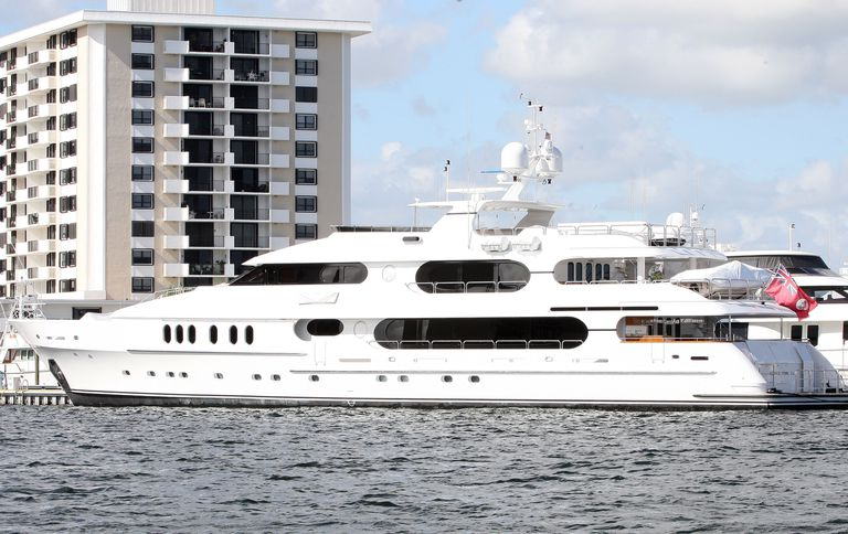 tiger woods yacht for sale