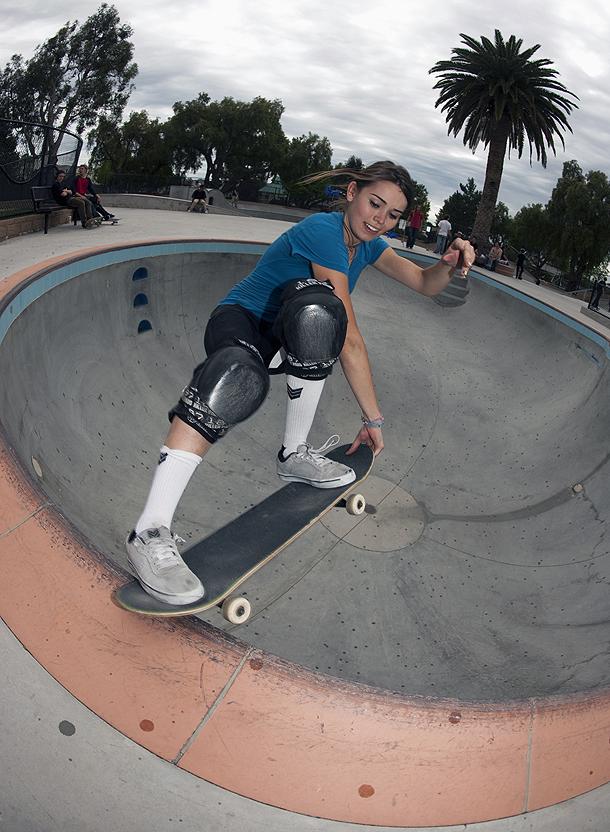 Skateboard Girl Wallpaper Thrasher Magazine Underexposed
