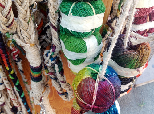 Twist Collective talks about plant fibers! Photo: Leslie Petrovski.