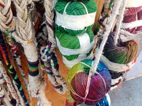 Twist Collective talks about plant fibers! Photo: Leslie Petrovski.