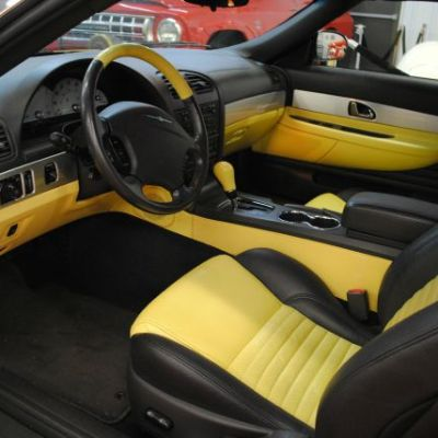 IY INTERIOR - DRIVER'S SIDE