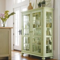 China Dishes Display In China Cabinet