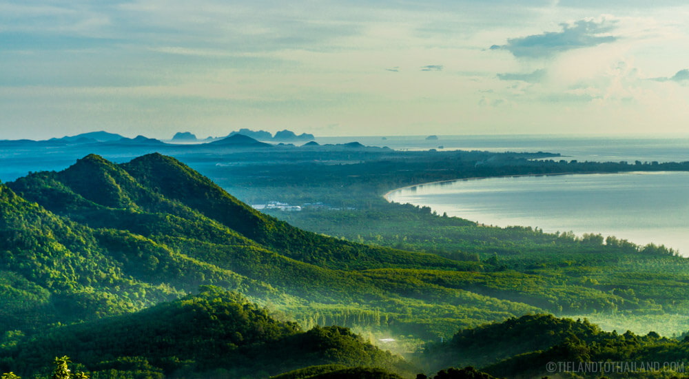 Things to Do in Chumphon: Khao Dinsor Overlook