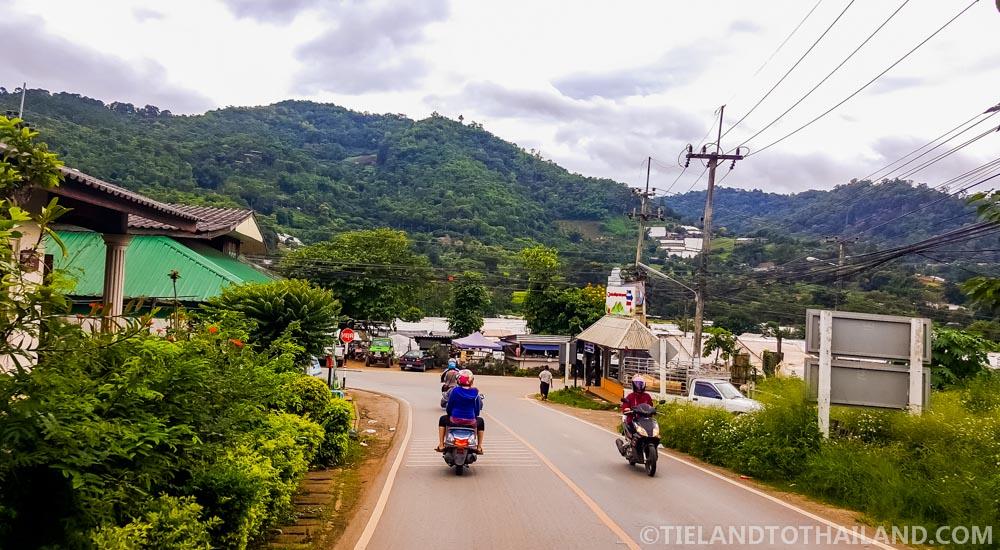 Road to Mon Jam