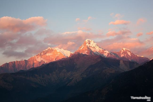 atardecer en poon hill nepal