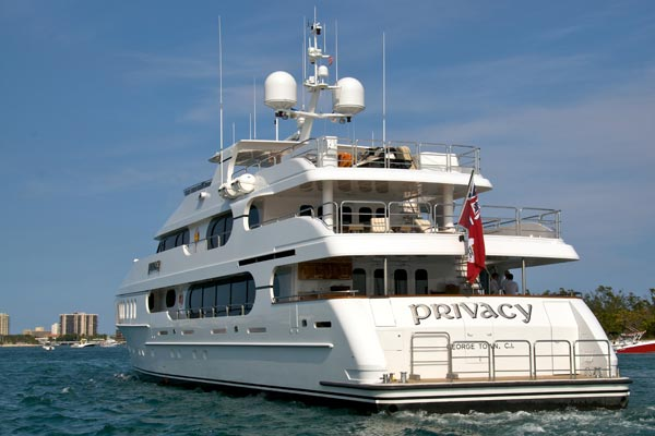 tiger woods yacht pictures privacy